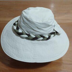 Chapéu TRANÇA de tecido com filtro solar UV